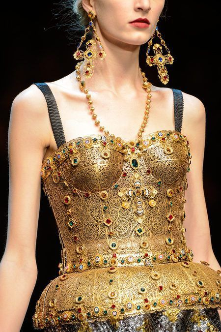 Dolce & Gabanna Fall Winter 2013-14 (2).jpg