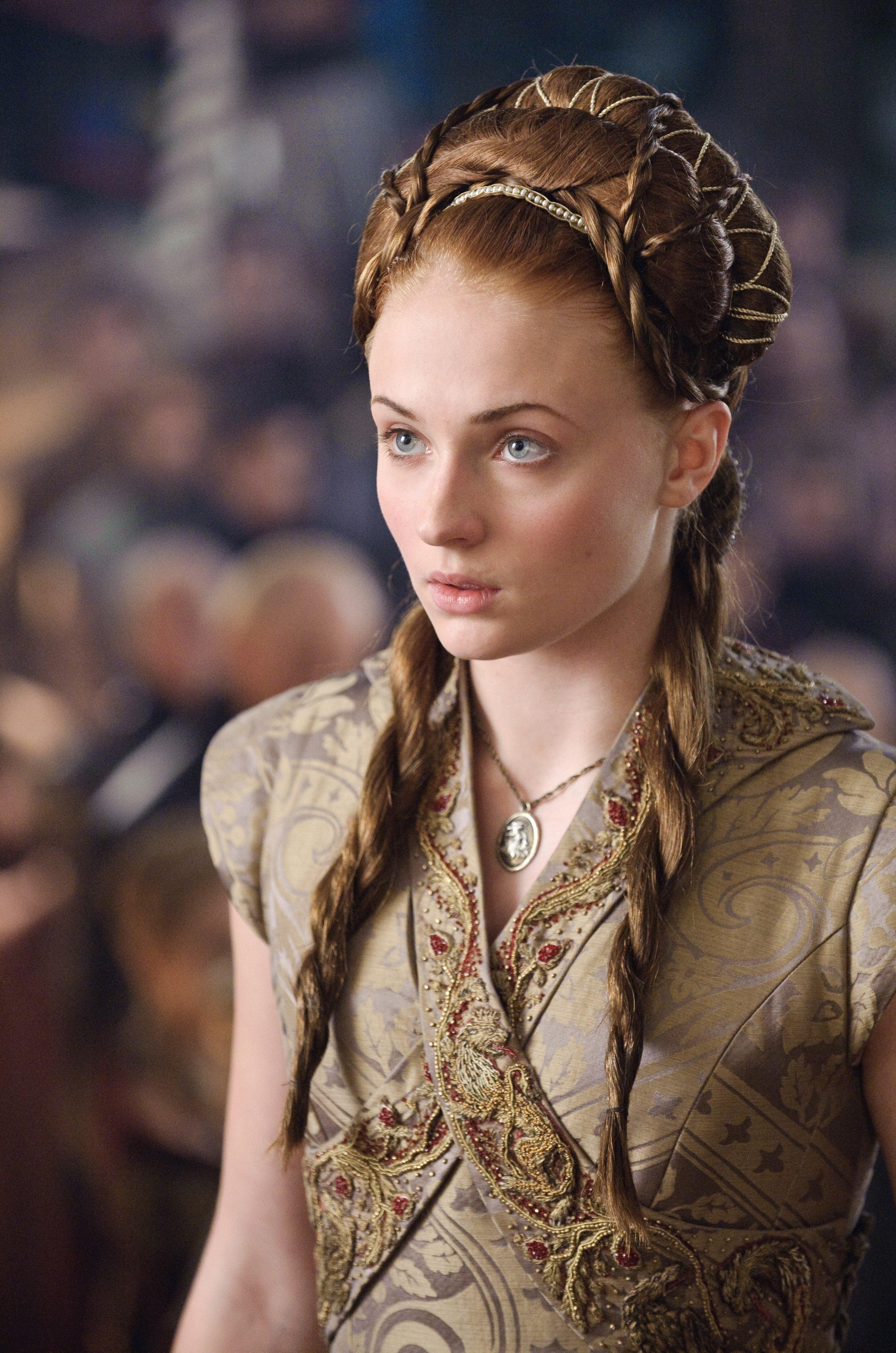 Sansa-Stark-sansa-stark-35694453-2808-4240 (1).jpg