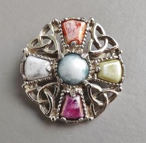 vintage-70s-scottish-glass-agate-celtic-brooch-2.jpg