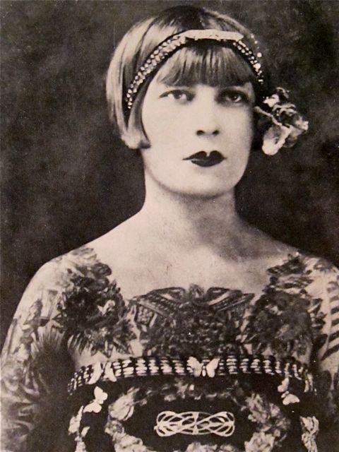 Жена татуировщика, 1905 год. И другие удивительные фотографии. 1ba989ba2dbde81bf3a16a8ddef25b39.jpg