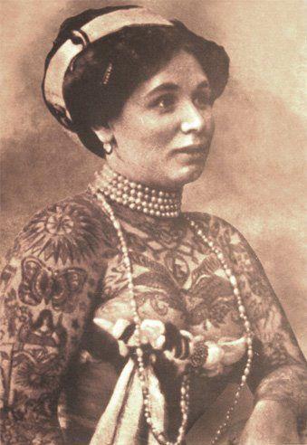 Жена татуировщика, 1905 год. И другие удивительные фотографии. 5bd904fd8685c9ec77e37c08ca0150c8.jpg