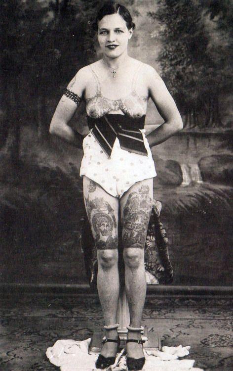 Жена татуировщика, 1905 год. И другие удивительные фотографии. 6c288a3ca1f5e3c913ff349f730701bc.jpg