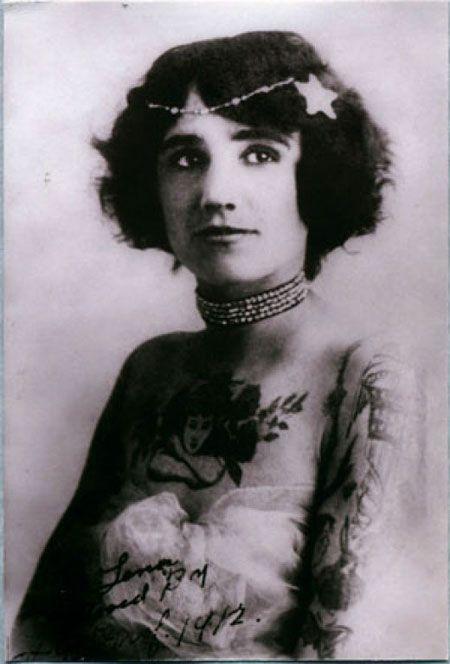 Жена татуировщика, 1905 год. И другие удивительные фотографии. 9b2dd9550e12b8b540c3f7fa4fb233d4.jpg