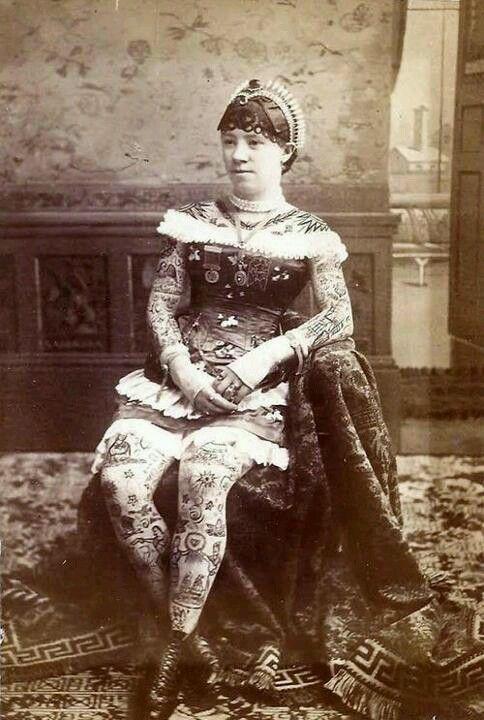 Жена татуировщика, 1905 год. И другие удивительные фотографии. 9bb6f7e4ea38538fcecfbb9ff209b1c4.jpg