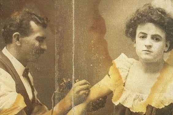 Жена татуировщика, 1905 год. И другие удивительные фотографии. 11cdb7067d68202171669901ec48359e.jpg