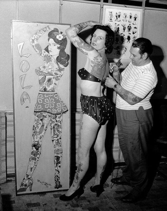 Жена татуировщика, 1905 год. И другие удивительные фотографии. 39b2a39773eea92403b4de6b62274a04.jpg