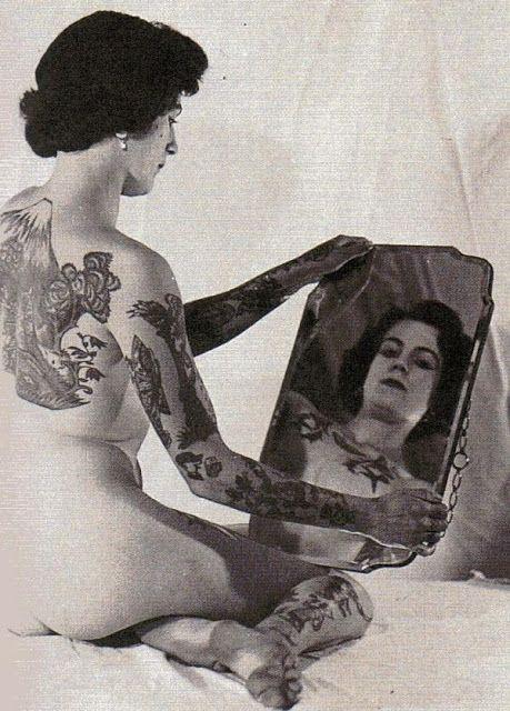Жена татуировщика, 1905 год. И другие удивительные фотографии. 3276328fd59ecf0c4eb03e2c16bd8d19.jpg
