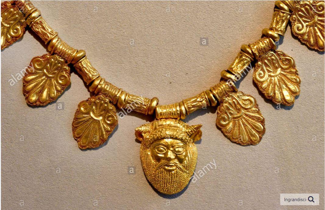Золото этрусков: ожерелья и подвески