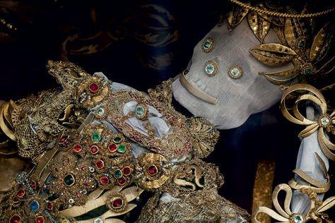 Конвейер бриллиантовых скелетов 4e80194221f093198d32d73f416c2122--momento-mori-catacombs.jpg
