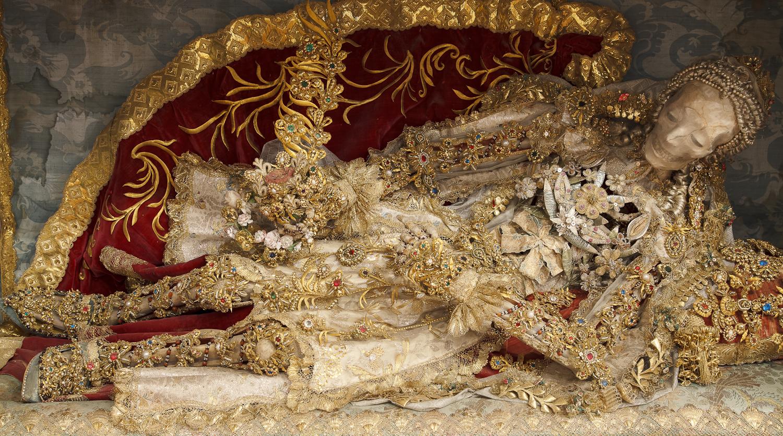 Конвейер бриллиантовых скелетов 831e8d66b268137031f1eaf6144b6238.jpg