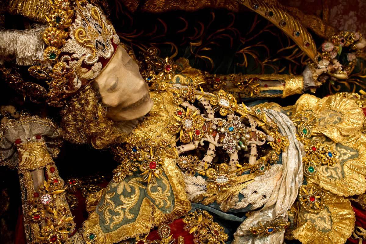 Конвейер бриллиантовых скелетов koudounaris_st-_coronatus.jpg