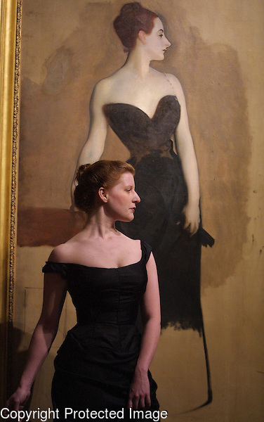 А вы друзья, как не садитесь... (модельки и актрисульки подражают Мадам Икс) John-Singer-Sargent-s-Madame-X.jpg