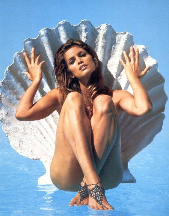 Cindy Crawford for Vanity Fair magazine - 1994.jpg
