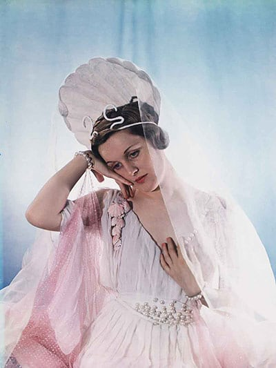 The Honorable Mrs Bryan Guinness as Venus.jpg