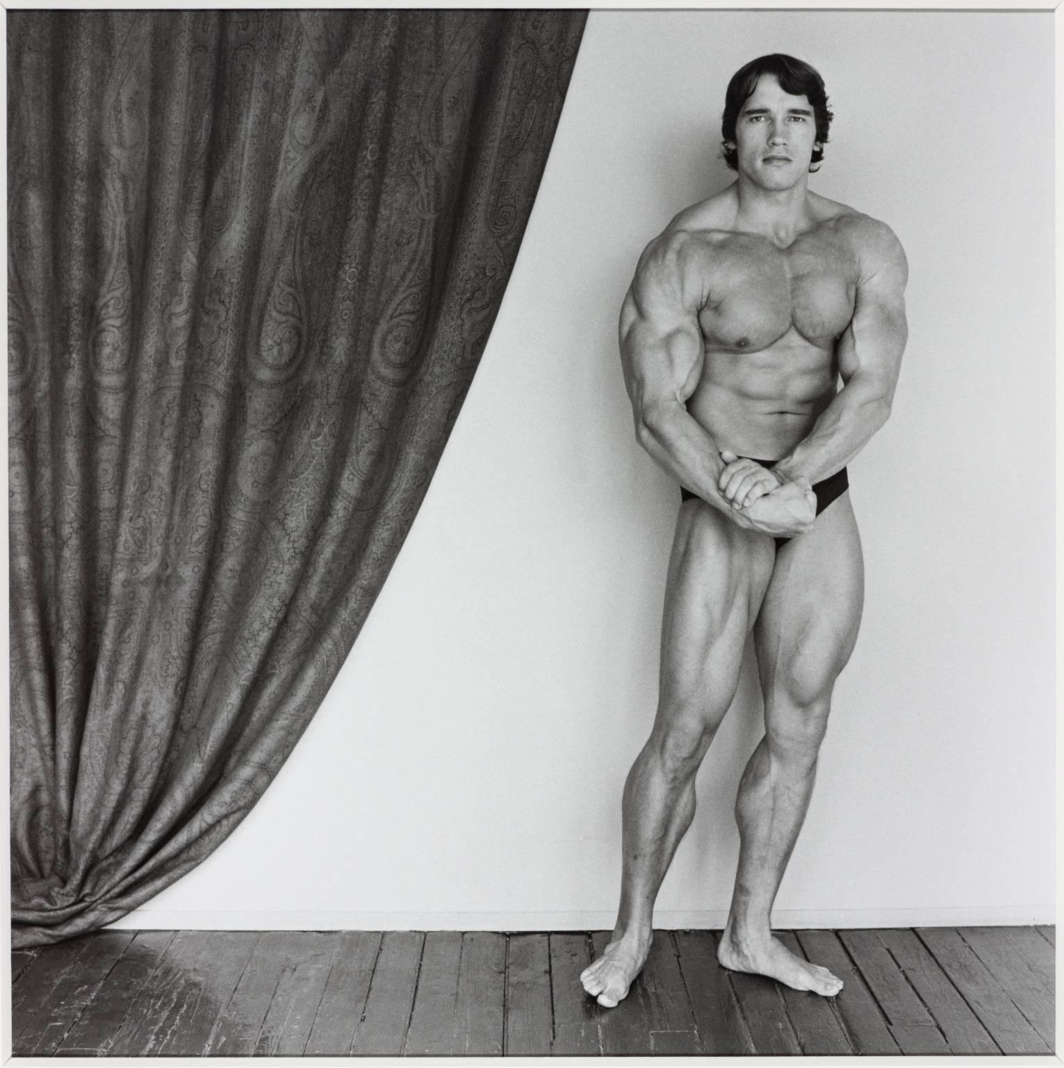 Robert Mapplethorpe, 'Arnold Schwarzenegger' 1976.jpg