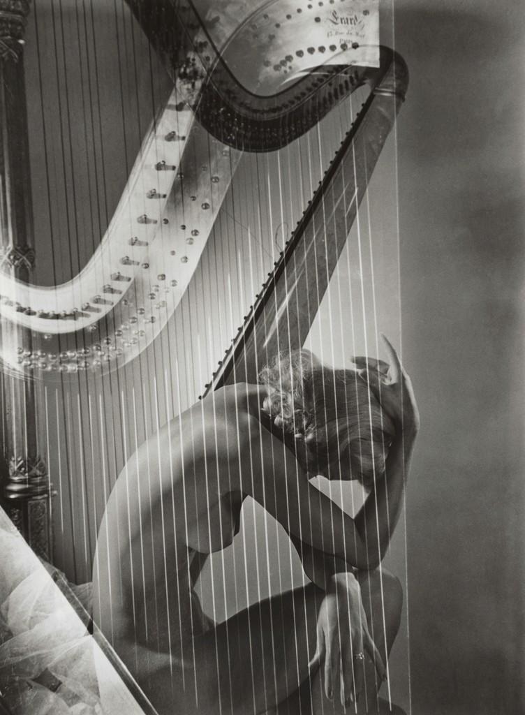 Lisa with Harp, 1939.jpg