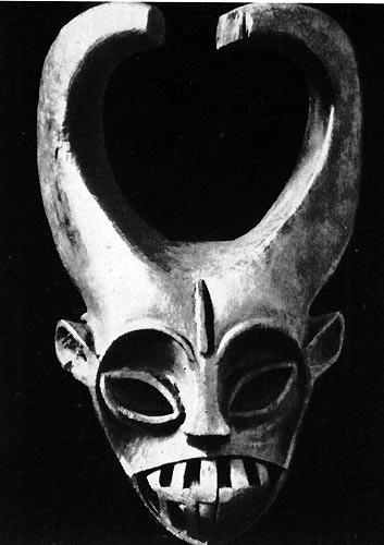 Зооантропоморфная маска общества ммво. Дерево, игбо, Нигерия