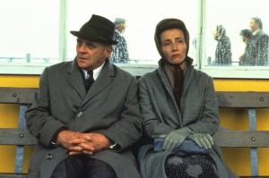 remains-of-the-day-the-1993-001-anthony-hopkins-emma-thompson-00n-umn