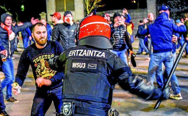 атлетик спартак нападение фанатов