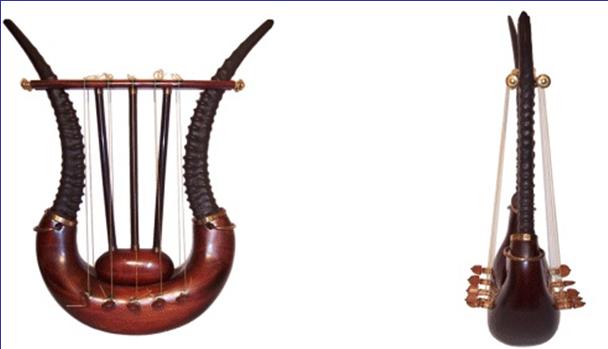 Музыкальный инструмент псалтири