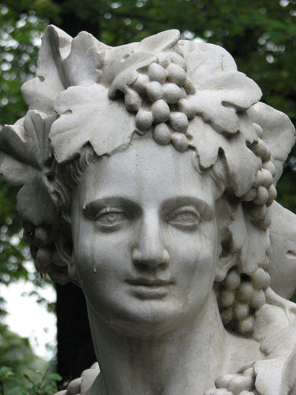 Аллегория осени (Вакх). Летний сад.