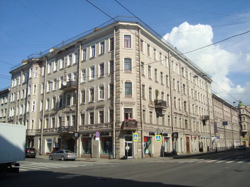 Санкт-Петербург. Суворовский пр-т, д.22