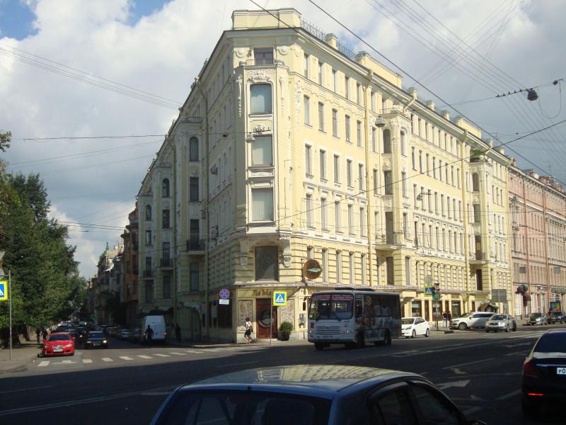 Санкт-Петербург. Суворовский пр-т, д.34