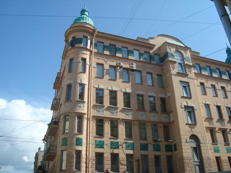Санкт-Петербург. Суворовский пр-т, д.51