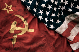 GCSE-History-Revision-USSR-Flag-and-US-Flag