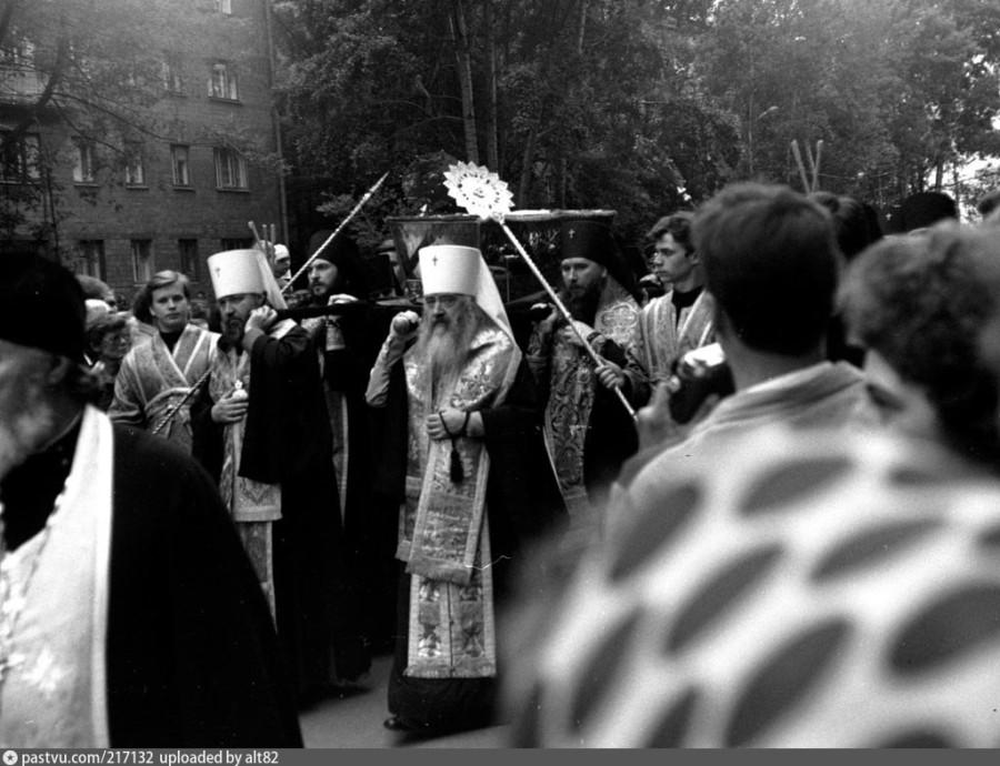 Обретение мощей преподобного Серафима Саровского. Нижний Новгород, 1 августа 1991 года-1