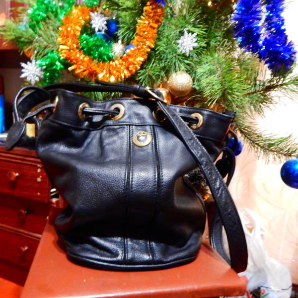 d57962e47448 Цена 750 грн. Продам кожаные ботильйоны New Look, 39размер, каблук 6см,  удобная колодка, одевала до пяти раз. Цена 300грн. Продам кожаные перчатки  ...