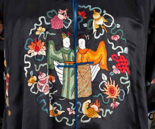 Chinese embroidered satin coat, 1920s 5