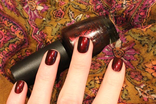OPI royal rajah ruby 16