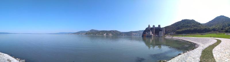 Панорама р. Дунай в районе Голубацкой крепости