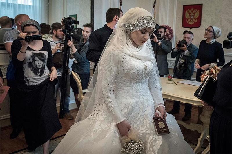 до свадьбы доет только в попу кавказ