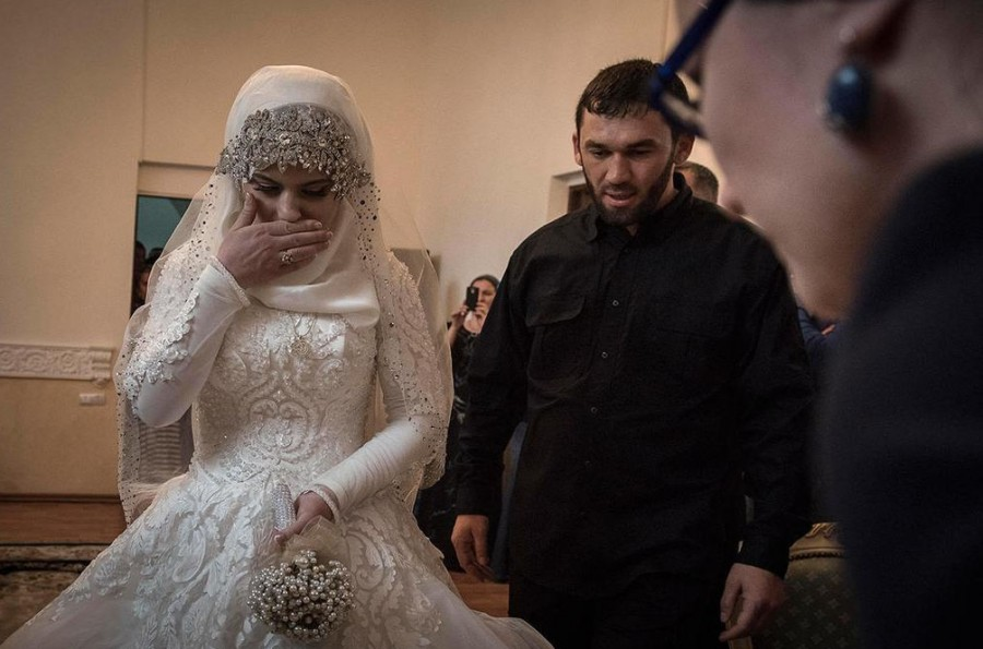 Кавказскую даму в жопу