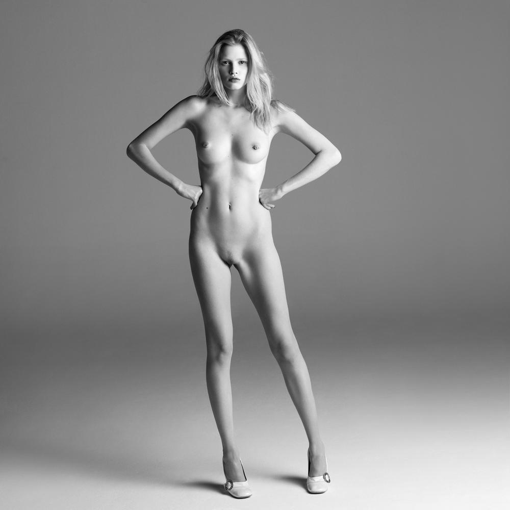 Naked pics of supermodels