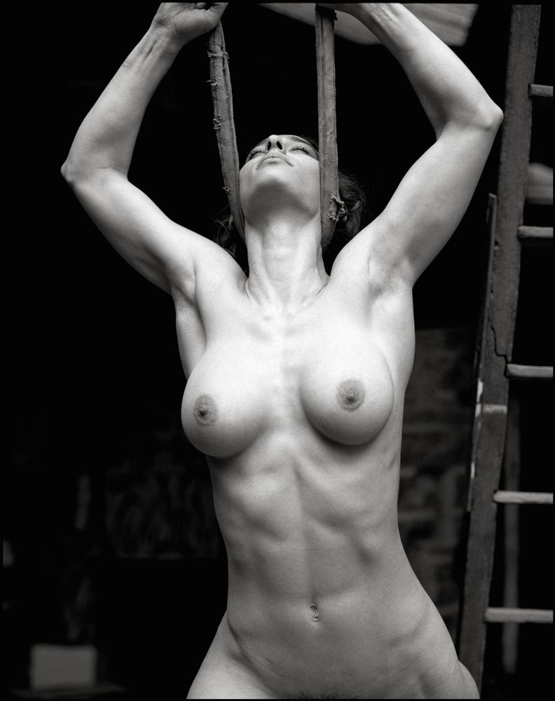 fine nude liveracing