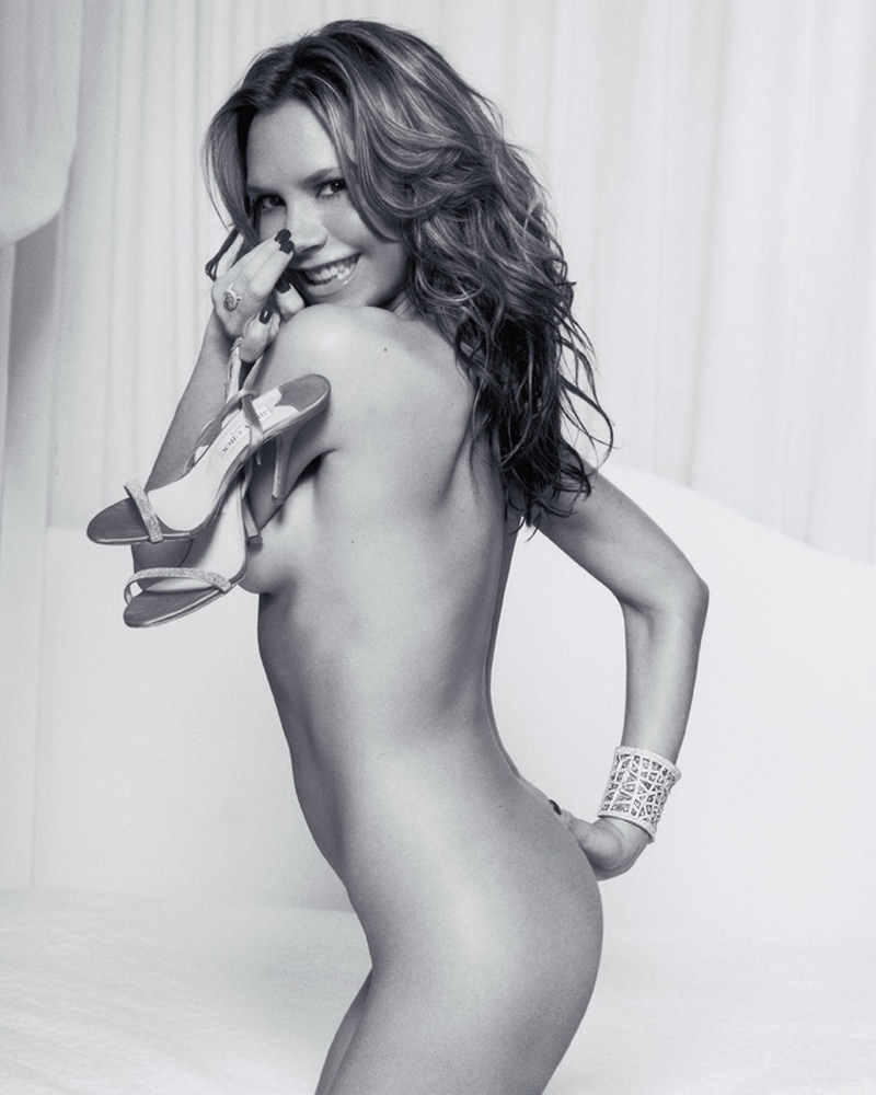 squiting-sex-topless-victoria-beckham-pics-russian