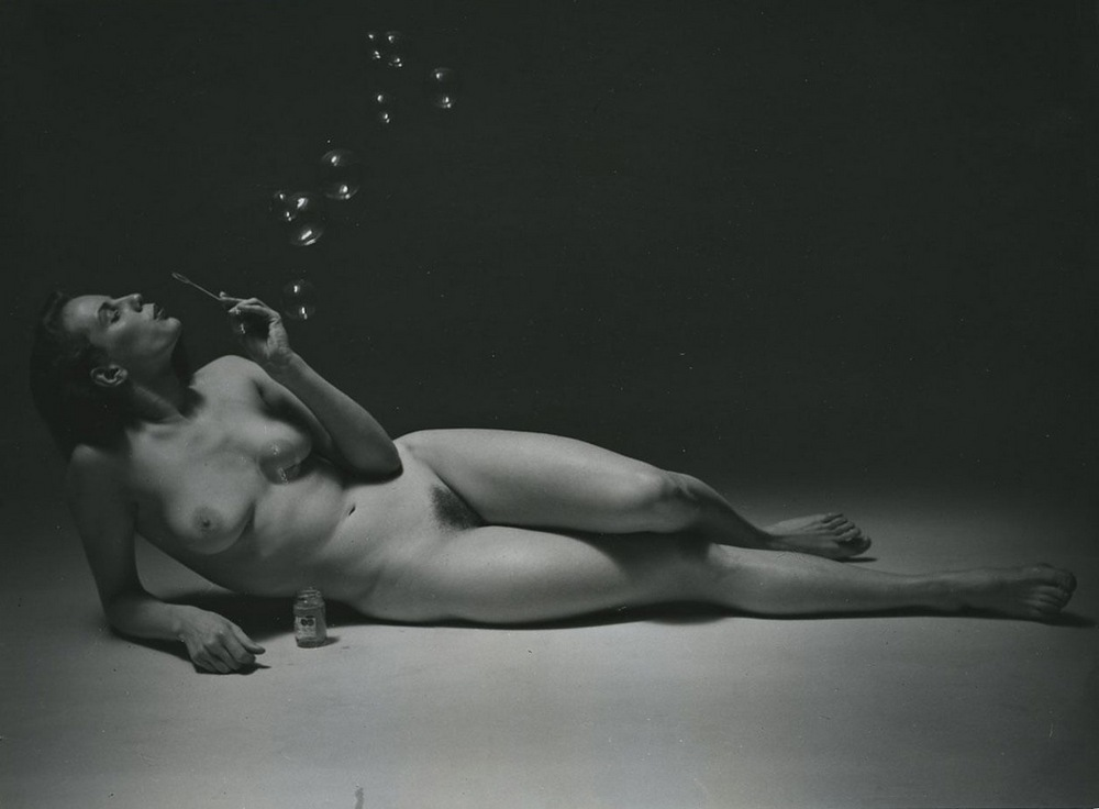 Beach boobs russell brand nude pics latin men