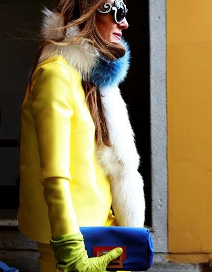 fe8f9b7c Желтый цвет в одежде можно использовать в качестве акцента в паре с  простыми, монохромными решениями и в качестве элемента в разноцветном  наряде.