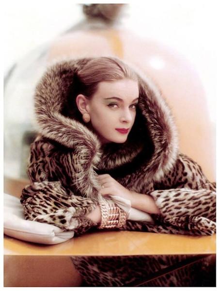 Nena von Schlebrügge by Norman Parkinson.Vogue, 1958