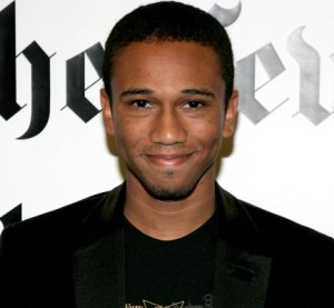 56539548-cartoonist-aaron-mcgruder-poses-for-photographers-prior.jpg.CROP.rtstoryvar-medium