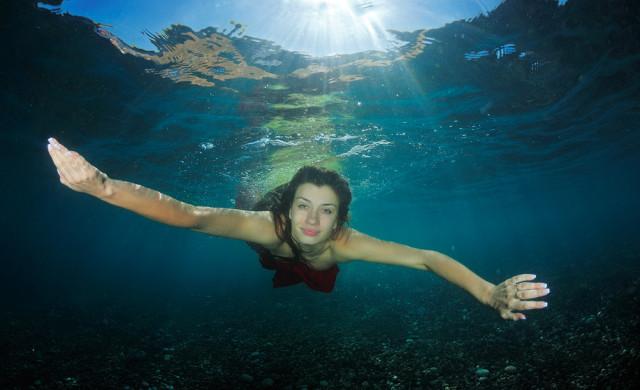 Фото красивые девушки под водой фото 440-539