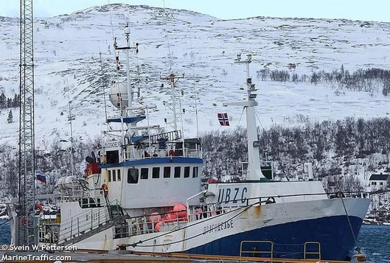 Российский траулер «Долгощелье», задержанный патрульной службой Норвегии