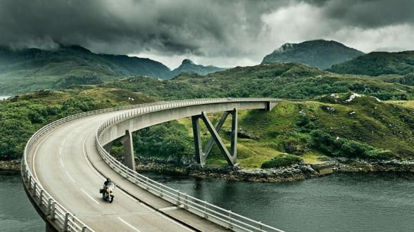 Красоты  в шотландской горной местности