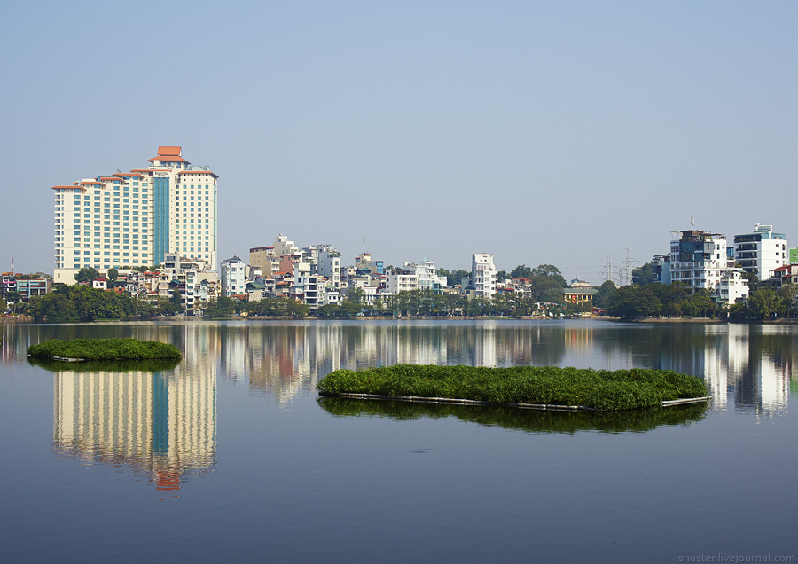 Vietnam-Hanoi-05-29122014-sm
