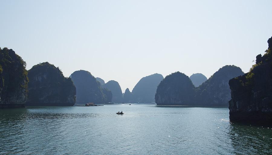 1 Vietnam-CatBa-44-01012015-sm
