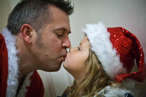 father_daughter_kiss