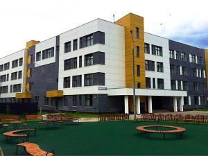 Школа в Тушино снаружи (территория) - 2